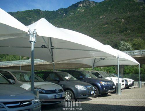 Gazebo per Auto – Modelli e soluzioni per riparare parcheggi e auto