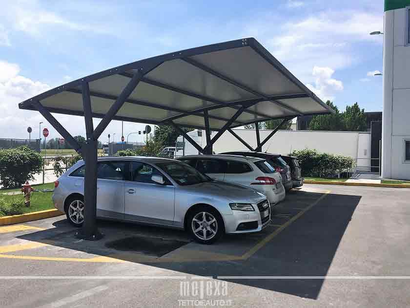 tettoie per auto esterne
