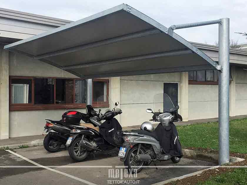tettoie per moto e bici